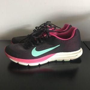 ! Black Pink & Teal Nike Shoes - 7.5